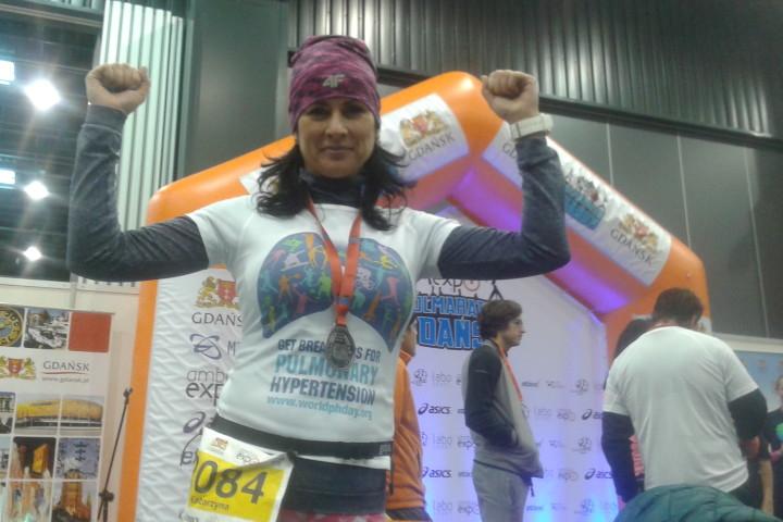 Do utraty tchu dla chorych na nadciśnienie płucne.  Pani Katarzyna Bylińska na AmberExpo Półmaratonie Gdańskim. Dziękujemy.